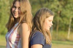 Ritratto all'aperto del gruppo di adolescenti Fotografia Stock Libera da Diritti