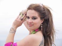 Ritratto arabo del danzatore con monili Immagini Stock Libere da Diritti