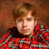 Ritratto bello del giovane Immagine Stock