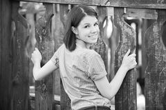 Ritratto in bianco e nero dei giovani Fotografia Stock Libera da Diritti