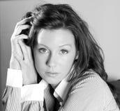 Ritratto in bianco e nero di bello brunette Fotografie Stock