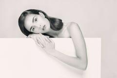Ritratto in bianco e nero di una donna Immagini Stock