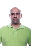 Ritratto casuale dell'uomo con la camicia di polo verde Fotografia Stock Libera da Diritti