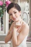 Ritratto d'annata di bella giovane donna fotografia stock libera da diritti