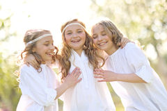 Ritratto dei bambini felici sulla natura Fotografia Stock