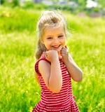 Ritratto del bambino esterno. Immagini Stock