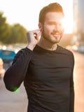 Ritratto del corridore maschio sulla via urbana Fotografie Stock