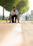 Ritratto del corridore maschio sulla via urbana Fotografia Stock