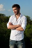 Ritratto del giovane in camicia Immagine Stock