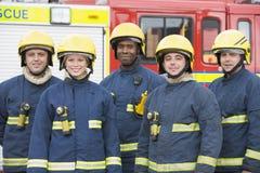 ritratto del gruppo dei pompieri Fotografia Stock Libera da Diritti