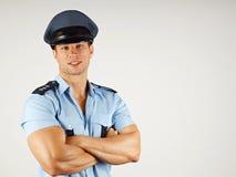 Ritratto del poliziotto sorridente fotografia stock libera da diritti