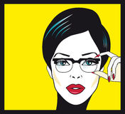 Ritratto del primo piano della donna di vetro di Eyewear Vetri d'uso della donna Immagini Stock Libere da Diritti