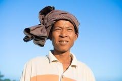 Ritratto dell'agricoltore tradizionale birmano asiatico Immagini Stock Libere da Diritti
