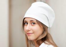 Ritratto dell'infermiera in clinica Fotografie Stock Libere da Diritti