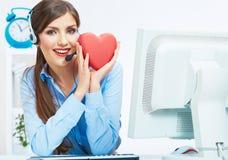 Ritratto dell'operatore sorridente della call center con l'iso della cuffia avricolare del telefono Fotografia Stock Libera da Diritti