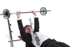 Ritratto dell'uomo d'affari maturo Lifting Barbell Fotografia Stock Libera da Diritti