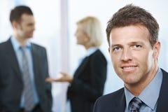 Ritratto dell'uomo d'affari sorridente Fotografia Stock Libera da Diritti