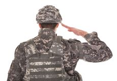 Ritratto dell'uomo nel saluto dell'uniforme militare Fotografia Stock