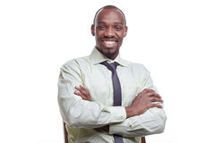 Ritratto dell'uomo sorridente del giovane africano nero bello Immagini Stock Libere da Diritti