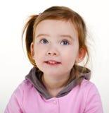 Ritratto della bambina sorridente sveglia Immagine Stock