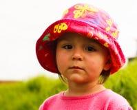Ritratto della bambina sveglia con i grandi occhi immagini stock libere da diritti