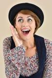 Ritratto della donna alla moda con black hat Fotografia Stock Libera da Diritti