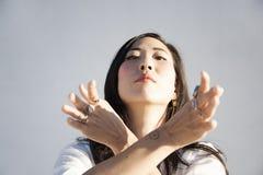 Ritratto della donna asiatica espressiva sacra immagini stock