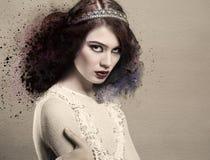 Ritratto della donna con gli elementi dell'acquerello Immagine Stock