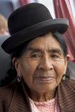 Ritratto della donna della Bolivia che vive in Isla Del Sol, Bolivia Immagine Stock