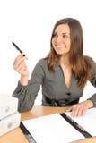 Ritratto della donna di affari con un dispositivo di piegatura Fotografie Stock Libere da Diritti