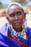 Ritratto della donna di Maasai in Tanzania, Africa Immagine Stock Libera da Diritti