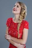 Ritratto della donna di modo con rossetto rosso fotografia stock libera da diritti