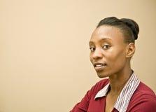 Ritratto della donna graziosa del African-American fotografia stock