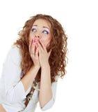 Ritratto della donna spaventata Fotografia Stock