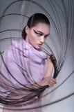 Ritratto della donna in vestito rosa fotografia stock libera da diritti
