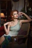 Ritratto della giovane donna adulta immagini stock libere da diritti