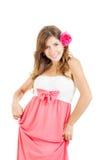 Ritratto della giovane donna sensuale con il fiore in suoi capelli fotografia stock libera da diritti