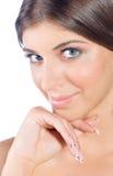Ritratto della ragazza con i chiodi perfetti Fotografia Stock