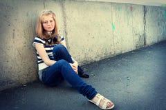 Ritratto della ragazza depressa dell'adolescente. Fotografie Stock