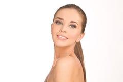 Ritratto della ragazza di bellezza Bella giovane donna sorridente felice fotografia stock