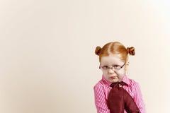 Ritratto della ragazza elegante sveglia di redhead Fotografia Stock Libera da Diritti