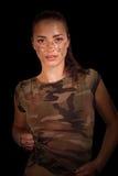 Ritratto della ragazza sexy in vestiti militari Immagine Stock Libera da Diritti