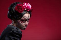 Ritratto della ragazza in vestito nero con Immagine Stock Libera da Diritti