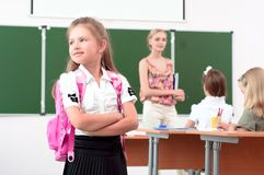 Ritratto della scolara con lo zaino Fotografia Stock