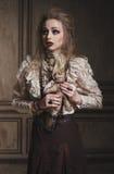 Ritratto della strega della donna con trucco sanguinoso Fotografia Stock Libera da Diritti