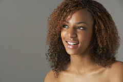 Ritratto dello studio dell'adolescente felice fotografia stock