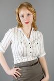 Ritratto dello studio di bella ragazza fotografia stock