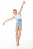 Ritratto dello studio di giovane Gymnast femminile Immagini Stock