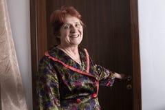 Ritratto di bella donna anziana Immagine Stock