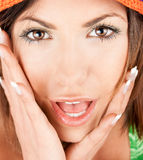 Ritratto di bella donna caucasica di sorpresa Fotografia Stock